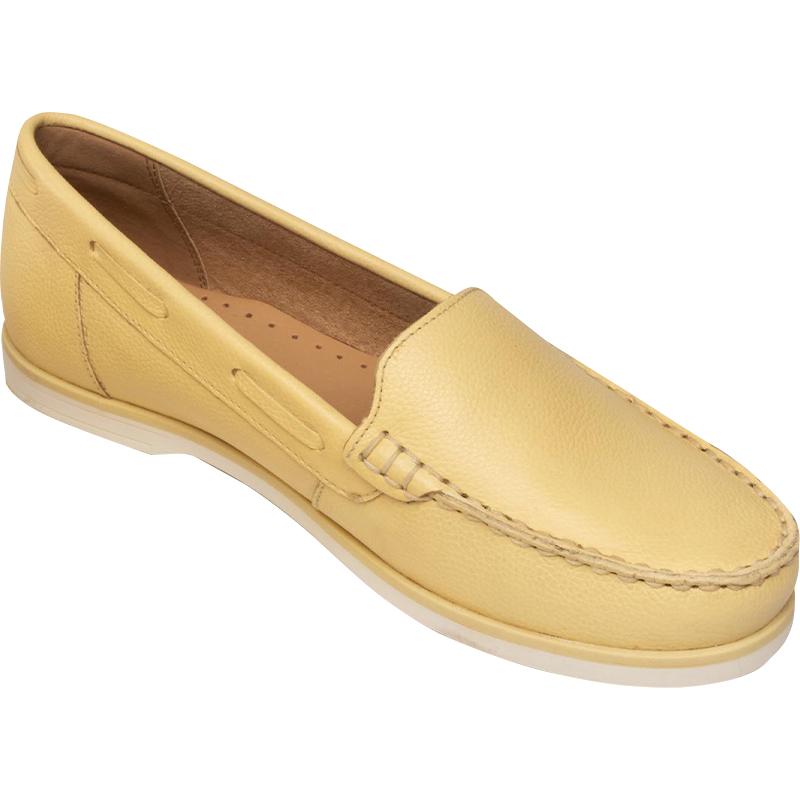 CCC - półbuty typu loafers